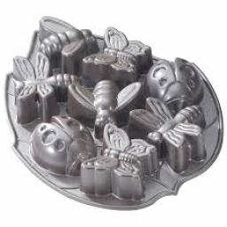 Nordic Ware Bundt Backyard Bugs Pan