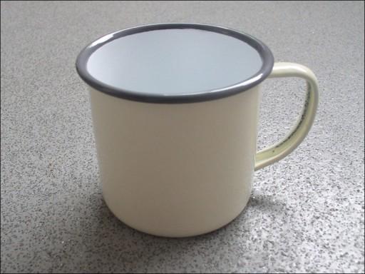 Falcon 550018C Enamel Mug Cntry.Cream 8Cm