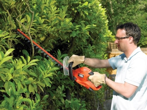 B&D Hedge Trimmer 600W