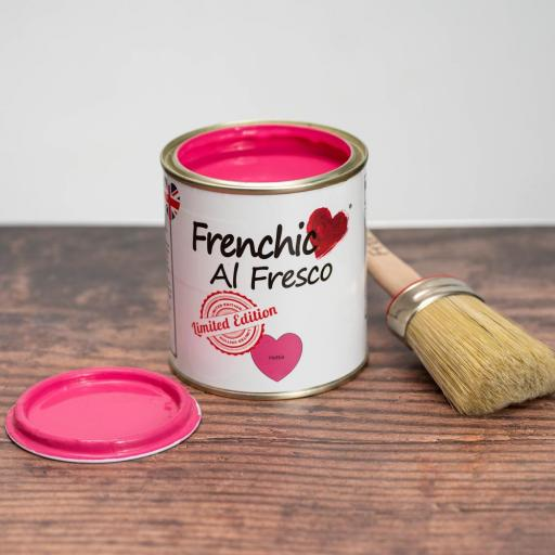FRENCHIC AL FRESCO LIMITED EDITION HOTTIE